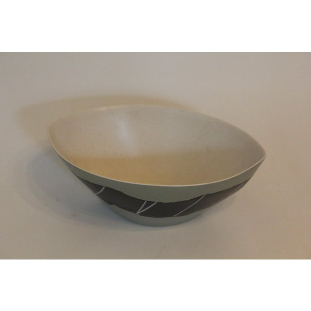 Arts & Crafts Handmade Green and Silver Marquis-Shaped Fruit Bowl For Sale - Image 3 of 4