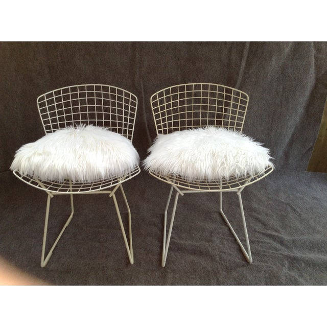 Vintage White Wire Knoll Bertoia Chairs - A Pair - Image 7 of 10