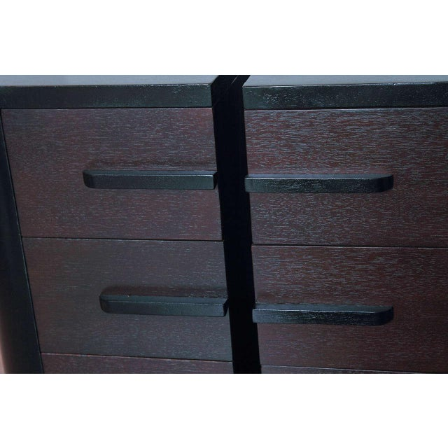 Walnut Streamline Pair of Modernage Art Deco Bookend Matched Ebonized Nightstands For Sale - Image 7 of 11