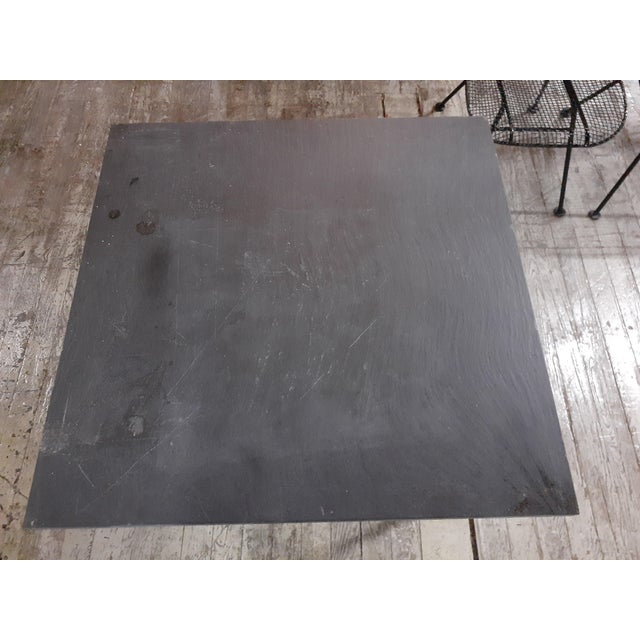 Russell Woodard 1960s Mid-Century Modern Outdoor Slate Dining Table With Four Sculptura Chairs by Russel Woodard - 5 Pieces For Sale - Image 4 of 9