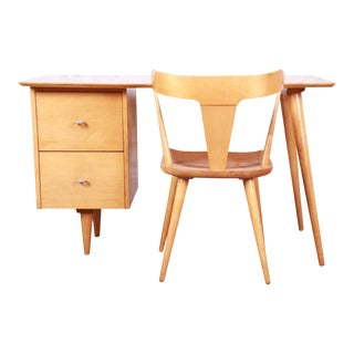 Paul McCobb Planner Group Mid-Century Modern Maple Desk and Chair, 1950s For Sale