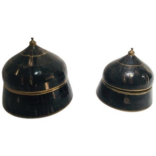 20th Century Moorish Decorative Trinket Lidded Boxes Inlaid With Horn and Brass - Set of 2 For Sale