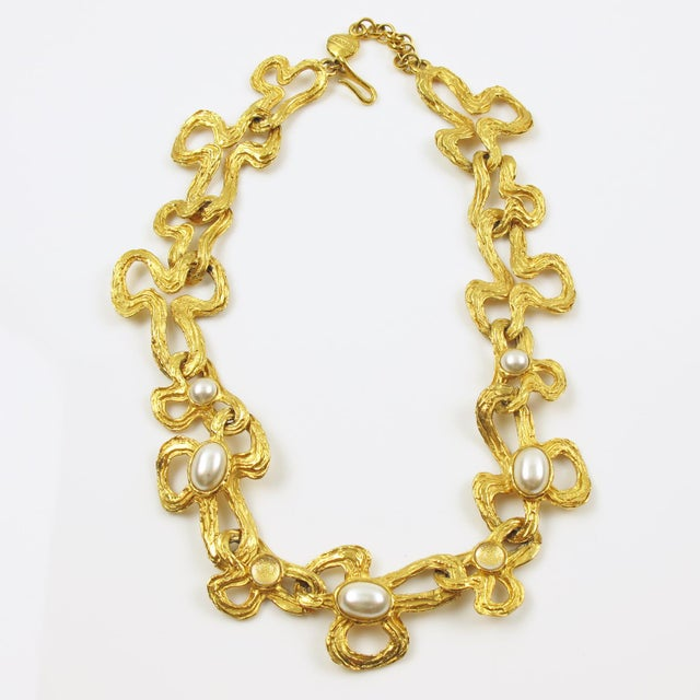 Lanvin Paris Choker Necklace Gilt Metal Pearl and Glass Cabochon For Sale - Image 10 of 10