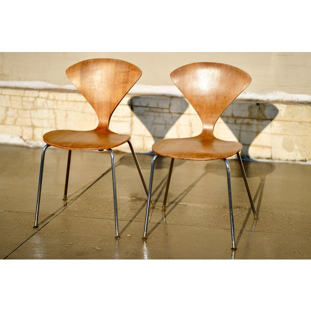 1950s Vintage Norman Cherner Designed Plycraft Chairs on Chrome Bases- 2 Available. For Sale - Image 9 of 9