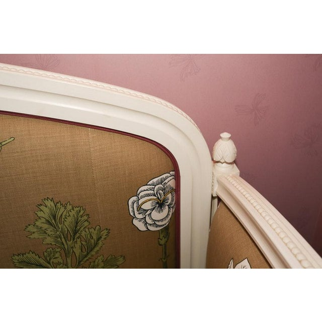 Fabric Modern Ornately Wood Carved Custom Botanical Print Upholstery Day Bed For Sale - Image 7 of 12
