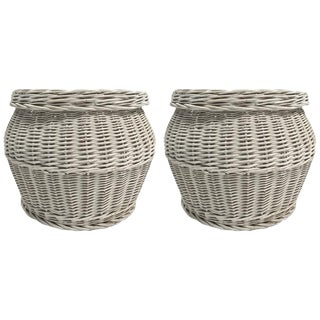 Pair of Wicker Basket Form With Lids For Sale
