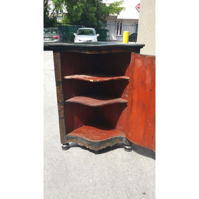 Early 19th Century Early 19th C English Chinoiserie Corner Cabinet For Sale - Image 5 of 8