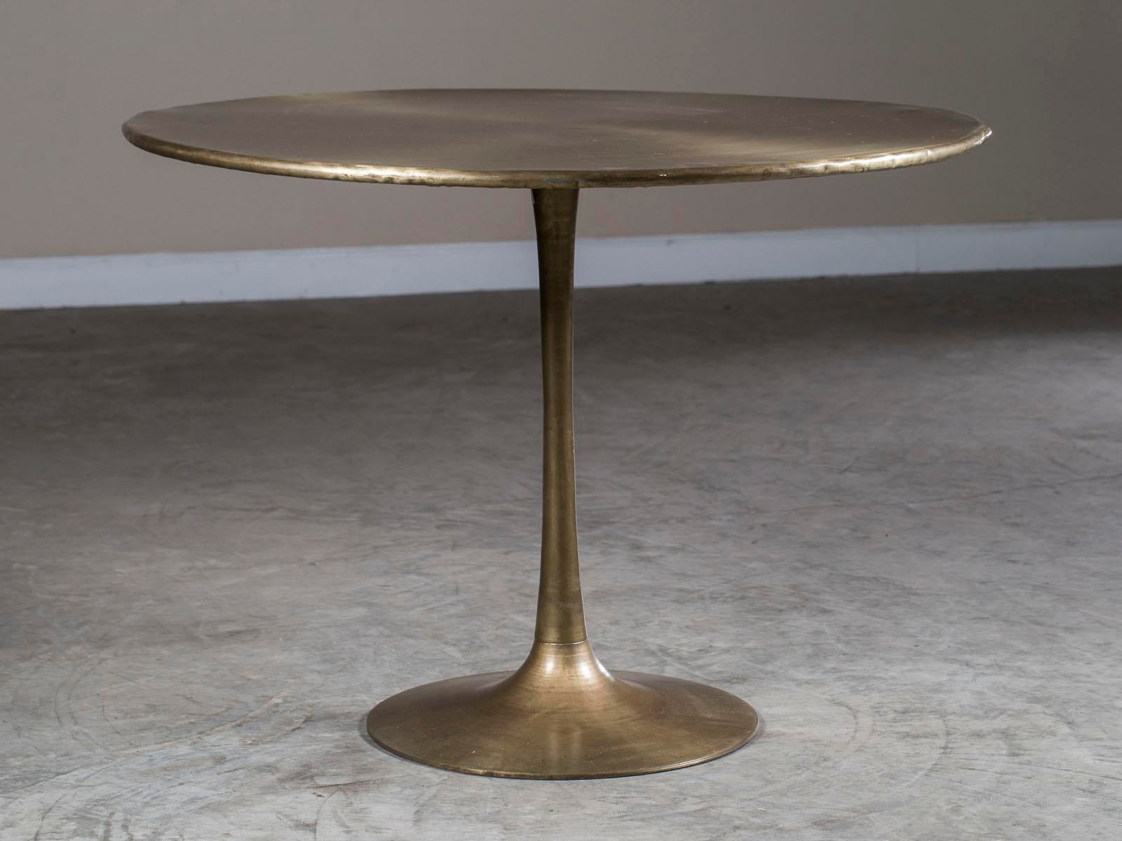 1990s Saarinen Style Round Brass Dining Table For Sale   Image 10 Of 10