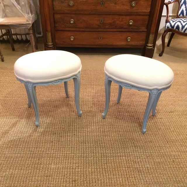 French French Gray Wood Upholstered Oval Stools / Ottomans - a Pair For Sale - Image 3 of 6