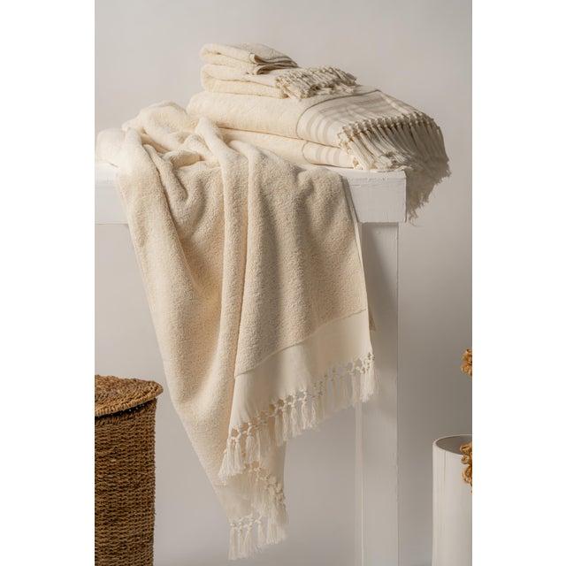 Modern Plush & Bare Handmade Organic Cotton Hand Towel in Ecru For Sale - Image 3 of 4