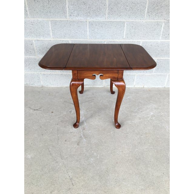 Drexel Heritage Coventry manor solid mahogany drop leaf side table. Very good vintage furniture condition, normal age...