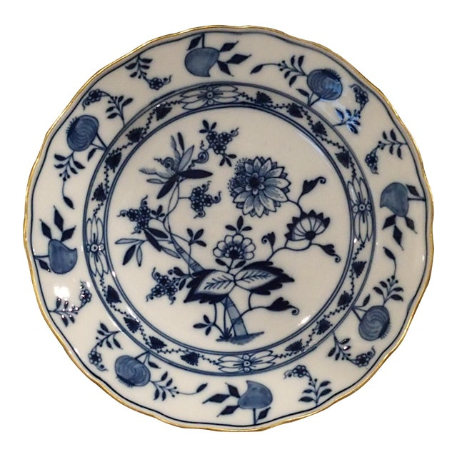Meissen Onion Border Plate With Gold Trim, Germany For Sale