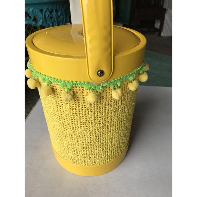 Vintage Mid-Century Modern Yellow Fringed Ice Bucket For Sale - Image 6 of 10
