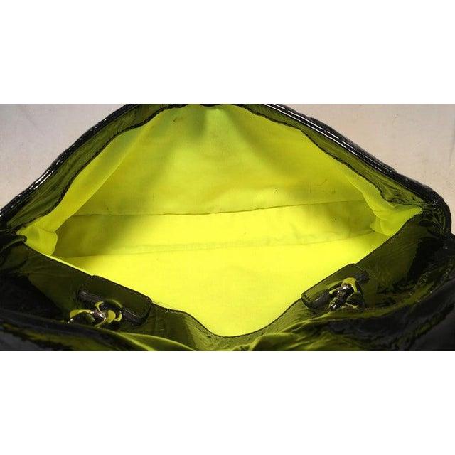 Black Chanel Black Patent Leather 2 Way Classic Flap Shoulder Bag For Sale - Image 8 of 13