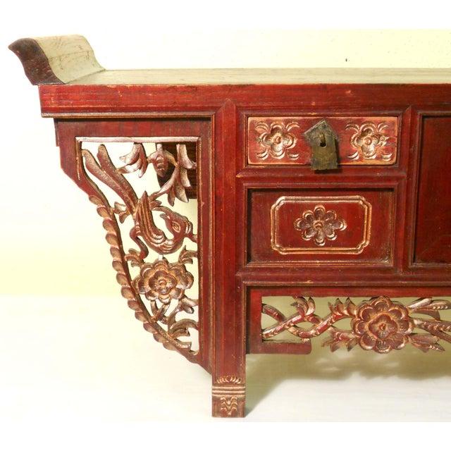 Antique Chinese Petit Altar, 1800-1849 - Image 5 of 7
