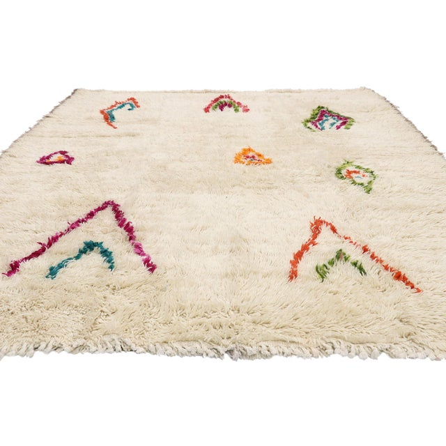 Boho Chic Contemporary Berber Moroccan Azilal Rug - 06'08 X 08'00 For Sale - Image 3 of 10