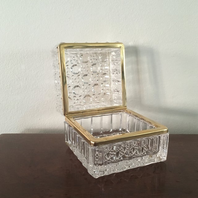 French Vintage Cut Crystal Trinket Box For Sale - Image 3 of 4