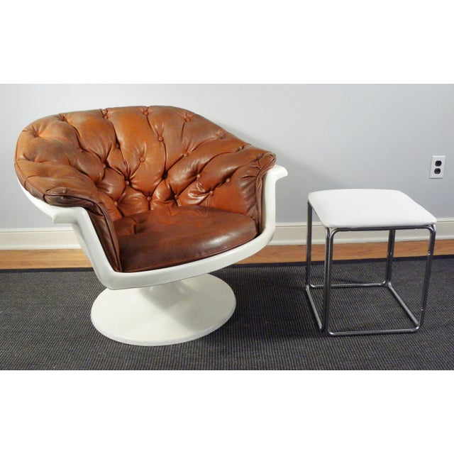 Mid-Century Tufted Bucket Chair - Image 4 of 8