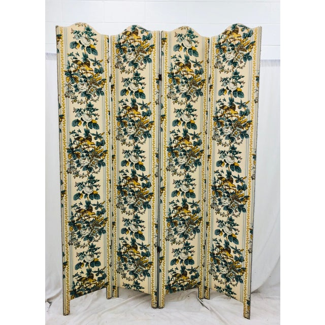 American Classical Vintage Chintz Screen For Sale - Image 3 of 9