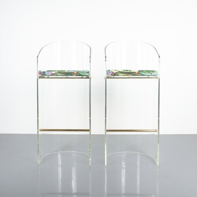 Pair of Lucite Brass Bar Stools Style Charles Hollis Jones, 1960 For Sale - Image 12 of 13