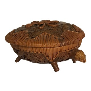 20th Century Boho Chic Wicker Turtle Basket With Lid For Sale