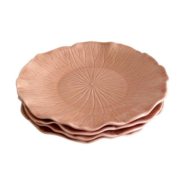 Pink Hued Metlox Lotus Dinner Plates - Set of 4 For Sale
