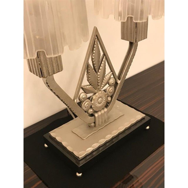 """French Art Deco """"Waterfall"""" Table Lamp Signed by Sabino For Sale In New York - Image 6 of 13"""