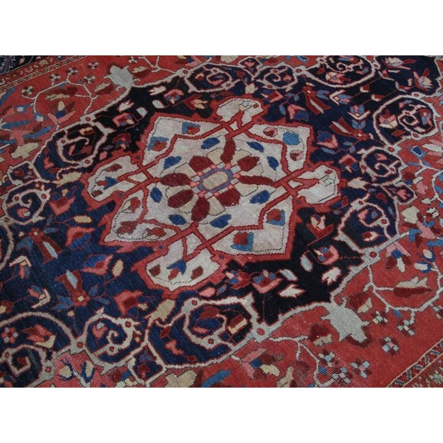Antique Feraghan Sarouk Rug For Sale In New York - Image 6 of 10
