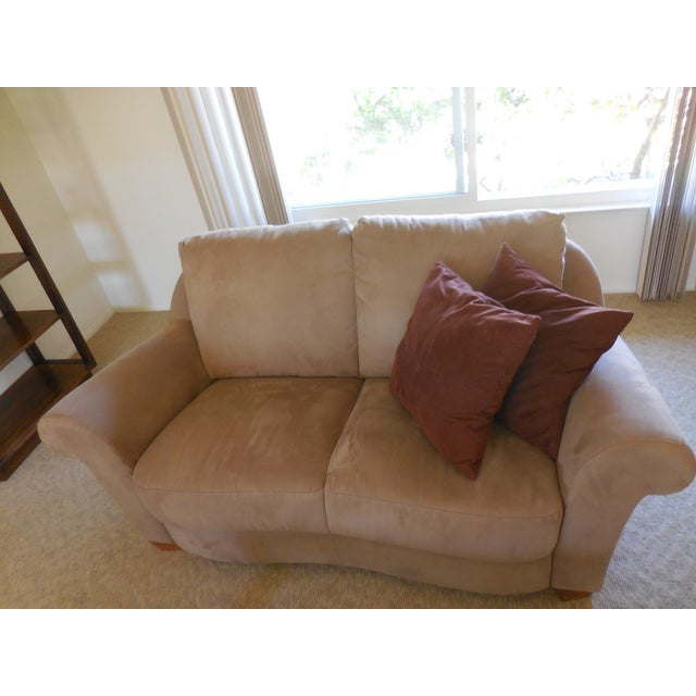 Contemporary Natuzzi Florence Suede Loveseat For Sale - Image 3 of 5
