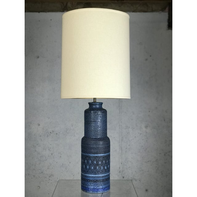 Monumental 1960's Italian Ceramic Table Lamp by Bitossi for Raymor For Sale - Image 11 of 12
