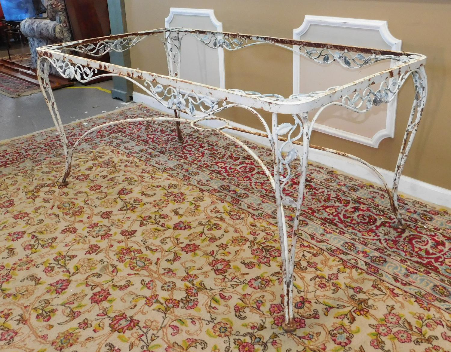 Vintage 1940s Woodard Chantilly Rose Wrought Iron Patio Outdoor Table    Image 2 Of 11