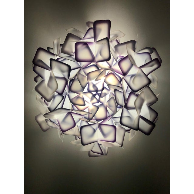 Modern Geometric Flush Mount Chandelier in Woven Resin Clusters by Slamp For Sale - Image 4 of 13