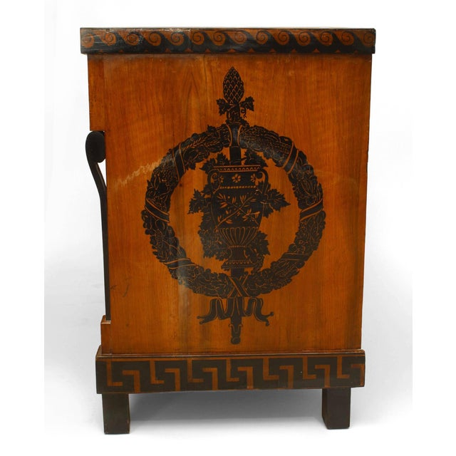 Neoclassical Early 19th Century Italian Neoclassical Penwork Chest For Sale - Image 3 of 10