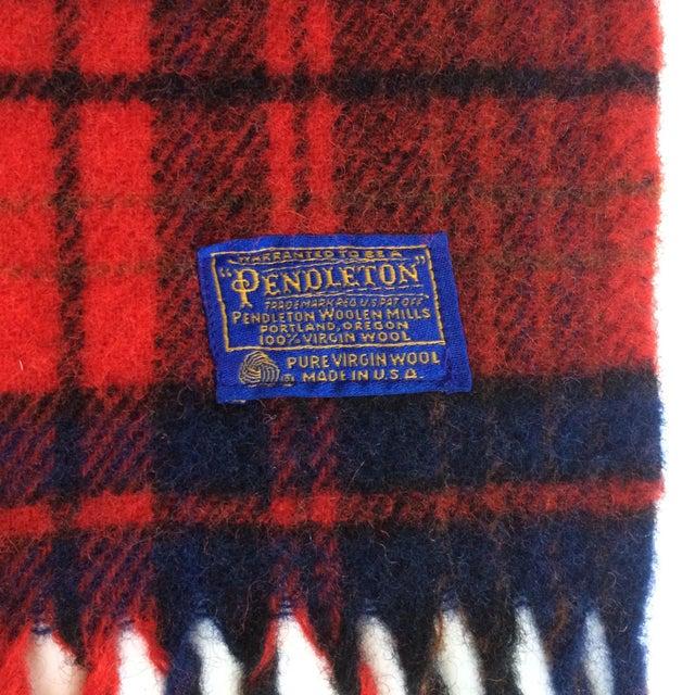 1970s Vintage Pendleton Woolen Mills Throw Blanket For Sale - Image 5 of 5