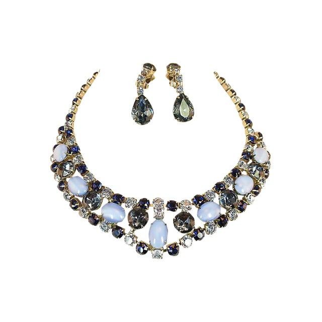 D&e Juliana Sapphire & Cats-Eye Art Glass Necklace Set, 1960s For Sale