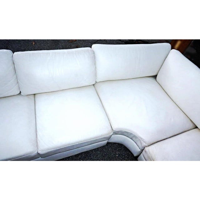 Modern White Leather Sectional Sofa: Mid-Century Modern White Leather Sectional Sofa