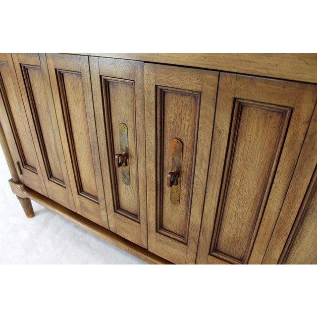Mid-Century Modern Petit Fruitwood Credenza With Double Accordion Doors For Sale - Image 10 of 11