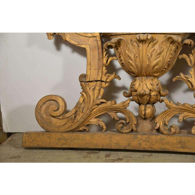 Large 18th Century Louis XVI Carved Urn For Sale - Image 4 of 9