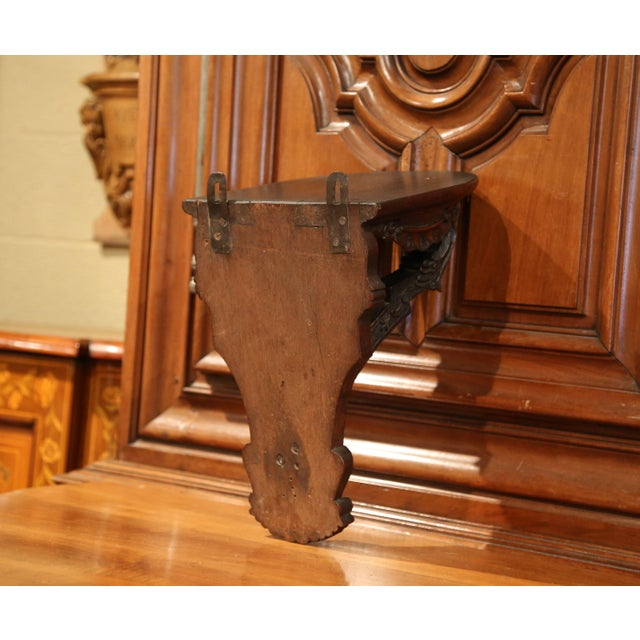 19th Century, French Louis XIV Carved Walnut and Oak Wall Bracket Console For Sale In Dallas - Image 6 of 7