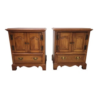 Pair Vintage French Country Maple Nightstands by Bullock's For Sale
