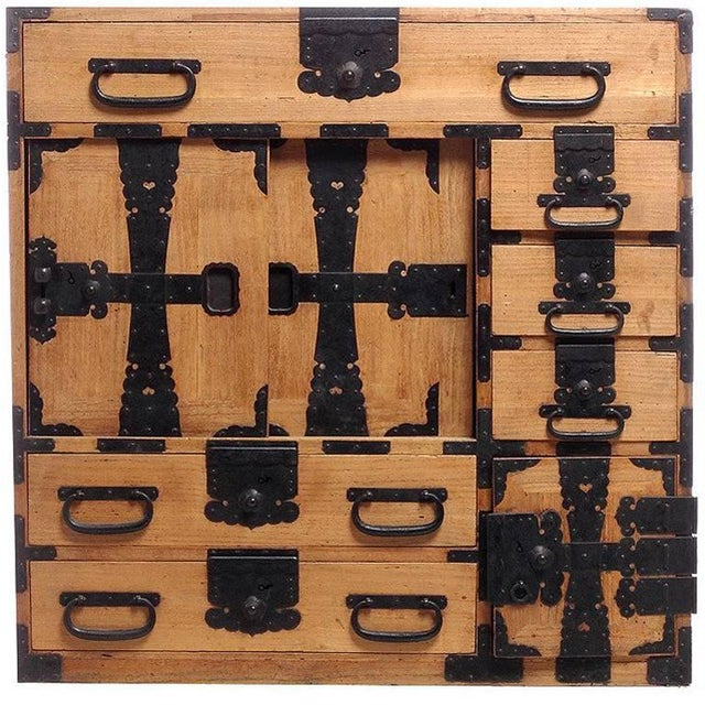 Antique Kiri Wood Meiji Japanese Merchants Chest with Iron Accents, 19th Century For Sale In New York - Image 6 of 6