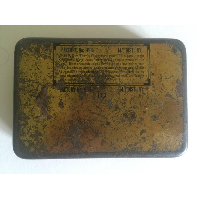 """Vintage Early 1900's """"Dutch Masters"""" Lithograph Cigar Tin Box For Sale - Image 11 of 11"""