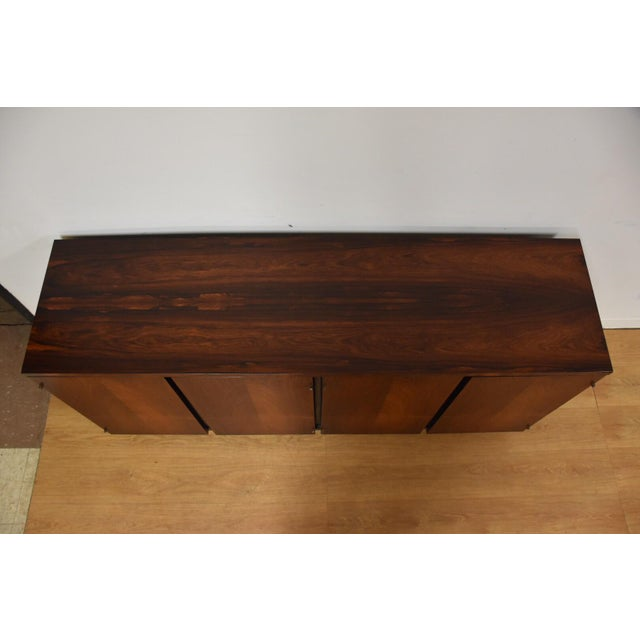 1960s Rosewood Modern Credenza For Sale - Image 5 of 10