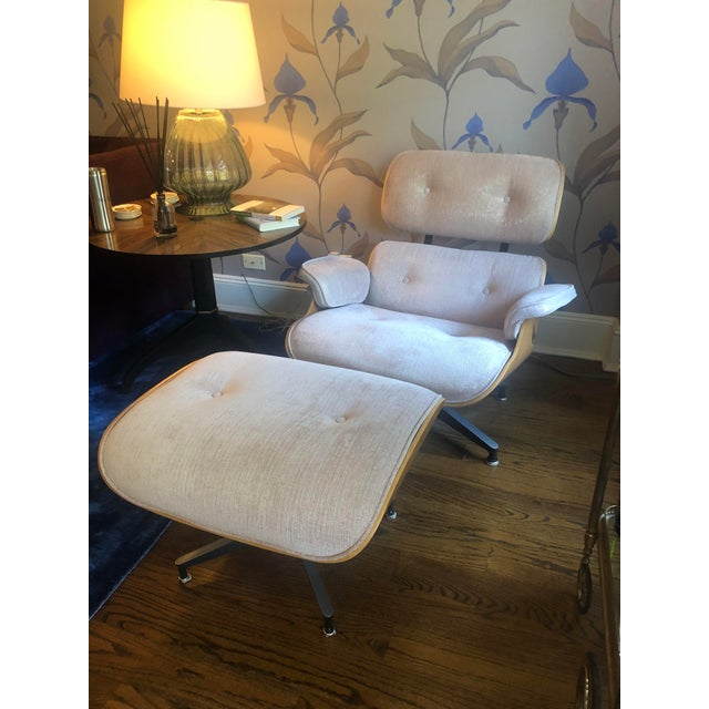 Pink Authentic Eames Rose Gold Upholstered Lounge Chair & Ottoman - A Pair For Sale - Image 8 of 8