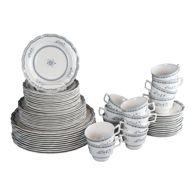 Royal Doulton of England Traditional Dinner China - 60 Pieces For Sale