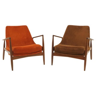 Pair of Ib Kofod-Larsen Seal or Sälen Lounge Chairs in Complimenting Fabrics For Sale