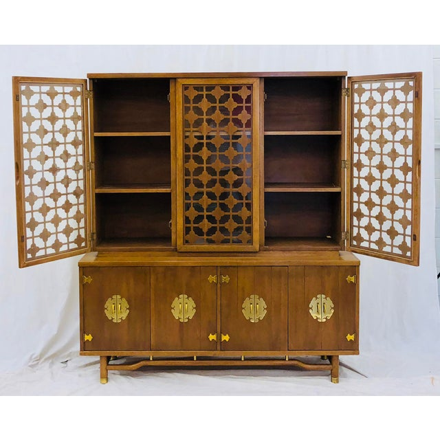 Brass Vintage Mid Mod China Cabinet For Sale - Image 7 of 13