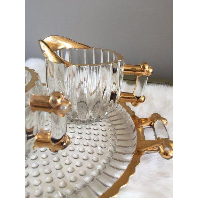 1960s Vintage Hollywood Regency Glass Cream + Sugar Set W/ Gold Leaf Detailing - 3 Pc. Set For Sale - Image 5 of 6