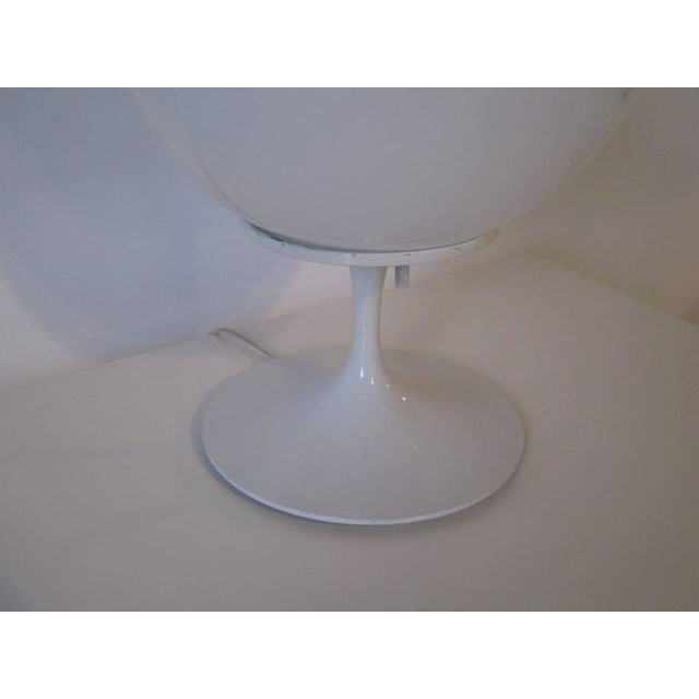 Mid-Century Modern Bill Curry Stemlite Tulip Lamp For Sale - Image 3 of 5
