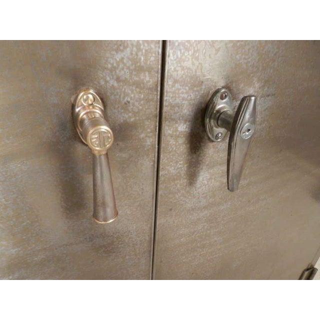 Heavy Duty Industrial Metal Cabinet - Image 4 of 9